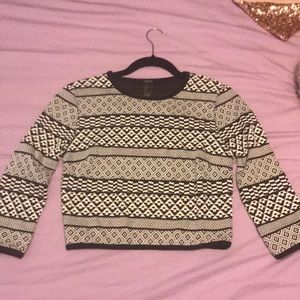 Geometric Crop Top with long sleeves